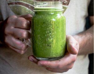Das sind die gesündesten Smoothies - Grüner Smoothie - Monika Grabkowska - Unsplash