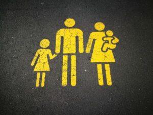 Was wir von den gesündesten Menschen der Welt lernen können - Familie - unsplash - sandy millar